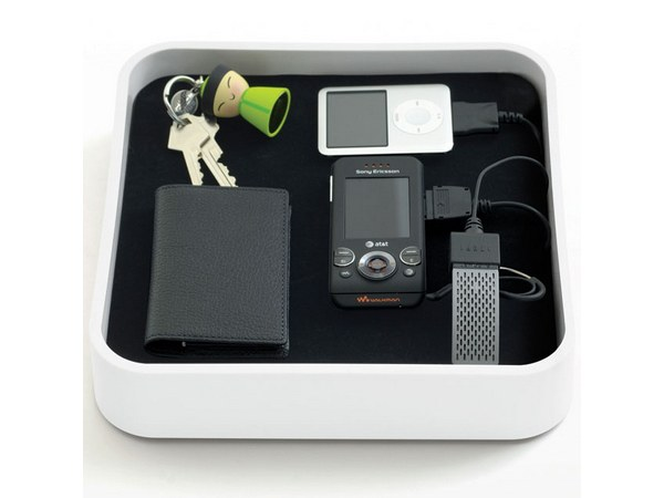 Sanctuary Device Organizer and Charger