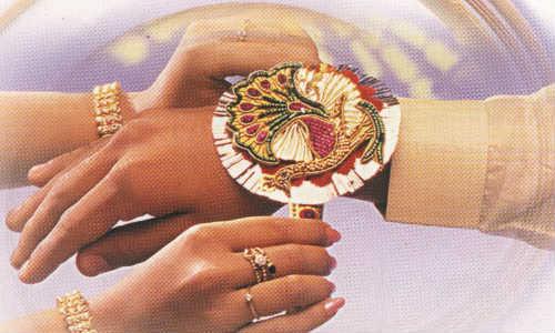ഓണ്ലൈനിലൂടെയും ആഘോഷിക്കാം... രക്ഷാബന്ധന് മഹോത്സവം