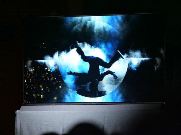 സിഇഎസ് 2018ല് പാനസോണിക്കിന്റെ പുതിയ ഒഎല്ഇഡി ടിവിയും ഡ്യുവല്-ഐഎസ്ഒ