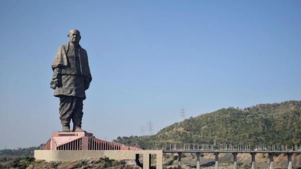 ഇന്ത്യയുടെ ഏകതാപ്രതിമ (State of Unity) ബഹിരാകാശത്ത്  നിന്നും കാണാം