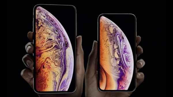 Apple iPhone XS Max (Rs 5,450 cash Back)