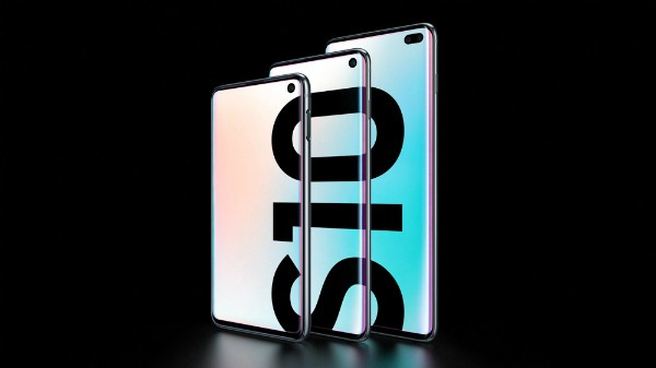 Samsung Galaxy S10 Plus (Get additional exchange value Rs 9,000 for your old phone.)